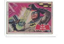 1966 TOPPS BATMAN (PUZZLE BACK) #25A