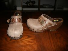 Dr. Scholl's womens shoes size 8 M brown leather clogs