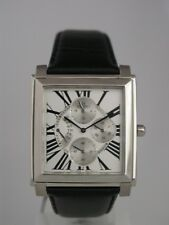 Seiko men  quartz mult-funcion roman numbers  Silver  dial SRL015