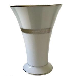 """NORITAKE FESTIVITY Platinum Fine Porcelain Vase M337L 6"""" T New W/out Box"""