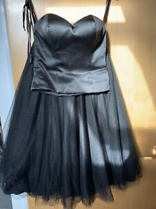 Black 2 piece - Size 10 Party /special Occasion Black Net Skirt/ Bustier Top/