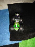 VHTF 2007 Hot Wheels Monster Jam 20 Grave Digger Chrome Silver 1:64 Retired RARE