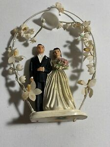 Lovely Vintage Brunette Bride & Groom Cake Topper 1950s