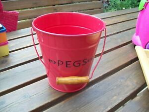 ENAMEL PEG HOLDER CAN RED WITH HANDLE - EXCELLENT CONDITION