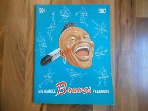 Old Vintage 1962 Milwaukee Braves Yearbook Pictures Info Stats MLB Baseball Book