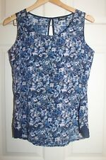 as new  Ladies JEANSWEST blue Floral TOP size  8