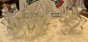 MUST HAVE-Perfect Floral Arrangements w/Orig Floral Seven Glass Vases 7/18 Stems
