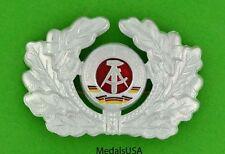 ORIGINAL DDR EAST GERMAN GERMANY ARMY COMMUNIST ERA MILITARY HAT BADGE