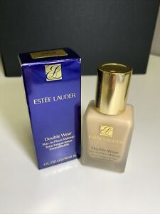 Estee Lauder Double Wear Stay-in-Place Makeup -2W0 Warm Vanilla- 1oz Boxed