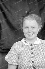 Negativ-Portrait-1920 /1930 er Jahre-Happy-Cute Girl-Frau-Mädel-mode-12