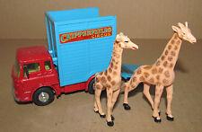 CORGI TOYS 503 CHIPPERFIELDS CIRCUS BEDFORD TK GIRAFFE TRANSPORTER WITH GIRAFFES