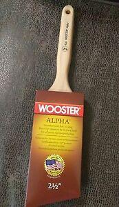 "Wooster 2-1/2"" Alpha Angle Sash Brush 4231"