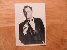 1966 TOPPS MAN FROM UNCLE TV SHOW GUM CARD # 6, ROBERT VAUGHN AS NAPOLEON SOLO