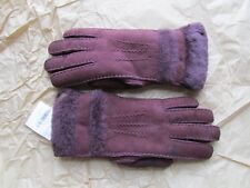 UGG Gloves In Out Blackberry Wine Sheepskin Shearling Med Used