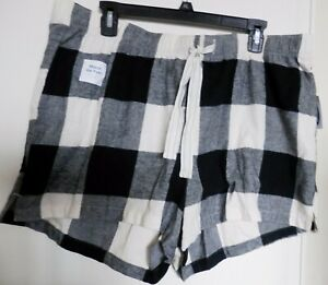 OLD NAVY Patterned Flannel Boxer Pajama Shorts Women 2.5-inch inseam SIZE XL NWT