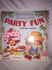 Strawberry Shortcake's Party Fun Book_Random House_1983_Paperback_Girl Reading