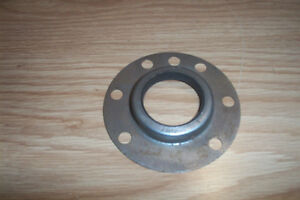 NORS WILLYS TRUCK,MODEL 475 REAR WHEEL SEAL OUTER #641365