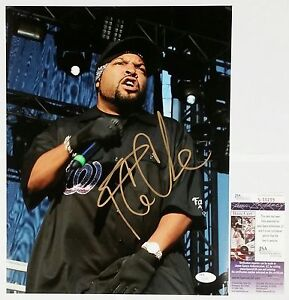 ICE CUBE SIGNED 11X14 PHOTOGRAPH W/JSA CERT S56289 NWA