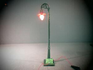 IVES PREWAR WIDE GA.306 SINGLE LAMP POST
