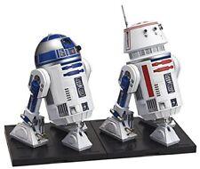Star Wars R2 - D 2 & R 5 - D 4 1/12 scale model