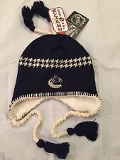 Vancouver Canucks NEW Mens Winter Hat LOGO  . NHL Adult Toque Jersey Cap NWT