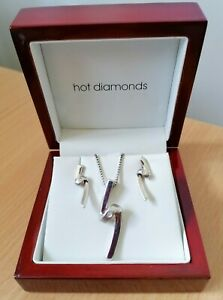 ☆Stunning Hot Diamonds SPIRAL Necklace and Earrings set ☆ Full HD hallmarks