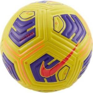 Fußball NIKE CU8047-720 R. 5