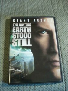 The Day the Earth Stood Still (2008 & 1951 Version 2-Disc DVD Set)