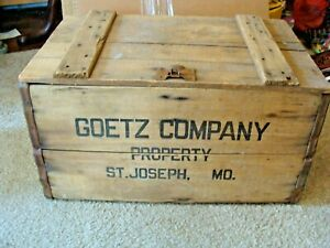 OLD ANTIQUE GOETZ BEER COMPANY BREWING WOODEN CRATE WOOD BOX ST. JOSEPH MO