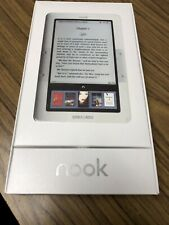 New Barnes & Noble Nook 1st Edition e-Reader BNRV100 & Protective Cover Bundle