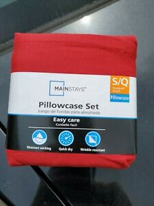 Mainstays Set of 300 thread   Standard/ Queen size Pillowcases red