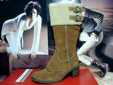 Kniehohe Damen-Stiefel aus Echtleder in EUR 39
