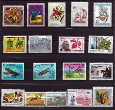 157T3 RWANDA Avions,fleurs,animaux, divers  18 timbres neufs