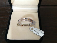 18ct White Gold Wedding Band Ring with Diamond inset  5mm   £815   Brand New
