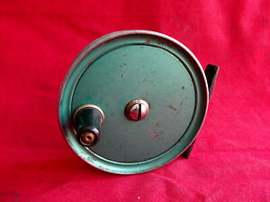 """A SCARCE VINTAGE GREEN 3 1/4"""" J W YOUNG CONDEX TROUT FLY REEL"""
