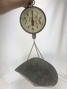 Vintage 20 Lbs Penn Hanging Produce Scale & Galvanized Pan GREAT PATINA