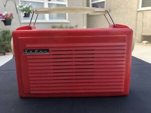 Vintage RCA Radio Company Of America Solar Portable Tube AM Battery Radio