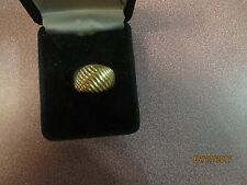 Ring Sz 5 Fashion Cosume Jewelry. Goldtone Metal Swirl Design Ladies Women