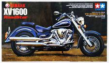 1:12 Yamaha XV1600 Road Star motor bike by Tamiya 14080