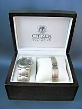 Citizen Eco-Drive Stainless Steel Mens Watch & Bracelet Mint in Box E11-K16750