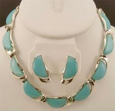 LISNER Blue Slices Lucite Thermoset Plastic Necklace & Earrings Set DEJ301