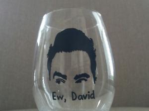 Schitt's Creek Ew, David hand painted wine glass / David Rose / Dan Levy / LGBTQ