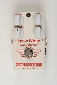 Mad Professor Snow White Bass Auto Wah Hand Wired Guitar Effects Pedal