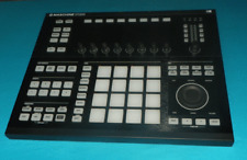 Native Instruments Maschine Studio Black  with Software License Transfer
