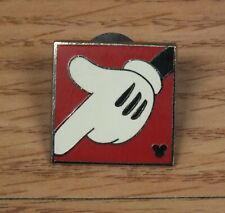 Genuine Disney 2009 Mickey Mouse Pointing Finger Glove Pin / Brooch **READ**