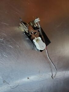 2000-2005 Cadillac Deville FRONT RIGHT PASSENGER SIDE DOOR LOCK LATCH ACTUATOR