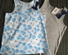BN  GIRLS AGE 8-9 YEARS PACK OF 2 FLORAL & PLAIN SLEEVELESS TOP BY MATALAN
