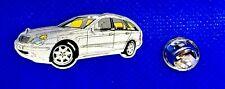 Mercedes Benz Pin C-Klasse S203 glasiert silber Detroit 1-2001 - Maße 40x15mm