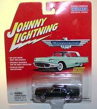 Johnny Lightning 2002 Legendary Bad Birds 1968 Thunderbird Dark Green
