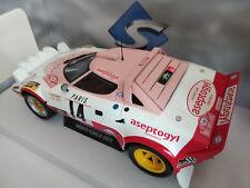 Lancia Stratos rallye M.Carlo1/18eme, longueur 20cm, Solido, neuve dans sa boite